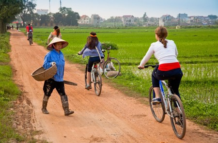 Biking around Dong Ngac , Hanoi