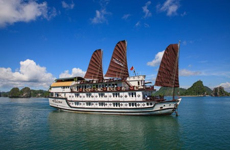 Panoma Cruise on Halong Bay