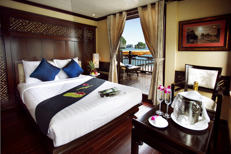 Paradise Cruise Luxury Cabin