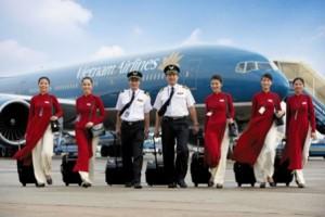 Vietnam Airlines staff