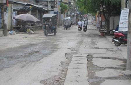 Xuan Dinh Road, Hanoi