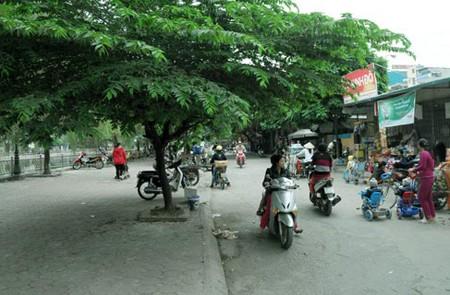Yen Binh Street, Hanoi
