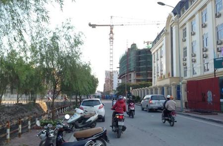 Yen Hoa Street, Hanoi