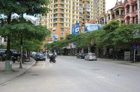 Yen Phuc Street, Hanoi