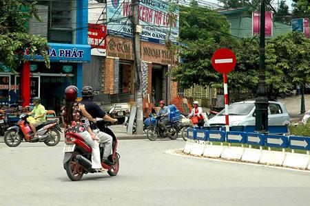 Yen Thuong Road, Hanoi