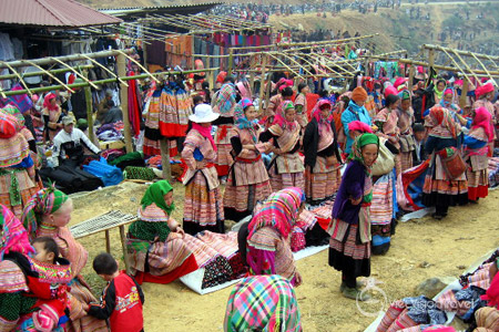 Can Cau Market in Bac Ha, Sapa.