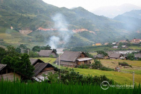 Ban Ho Village in the thin smoke of peaceful afternoon.