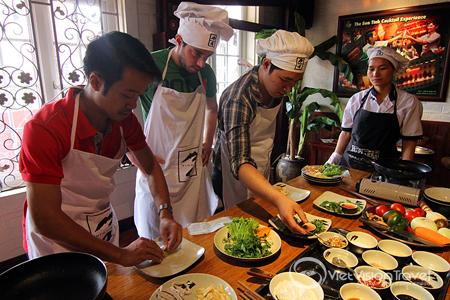Cooking class in Highway 4 Restaurant, Hanoi copy