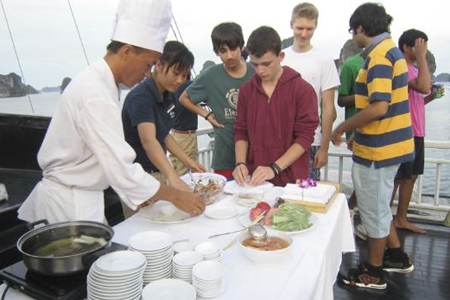 Cooking class on Halong Bay