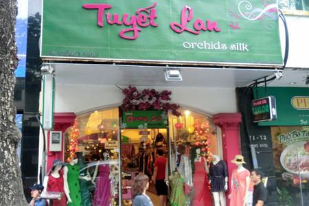 Tuyet Lan Hand Embroidery