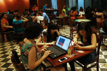 It is easy to access the internet in Hanoi