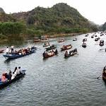 Boat trip along Yen River