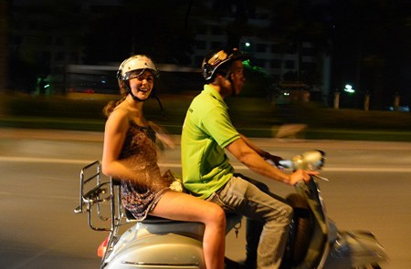 Hanoi Evening Vespa Tour