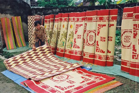 Nga Son Sedge Mats Village