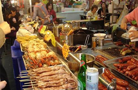 Night Cuisine in Hanoi