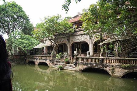 Thanh Chuong Palace