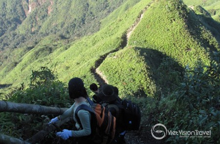 The route to Fansipan Peak