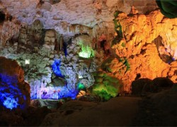 Thien Cung Cave (Heavenly Palace Cave)