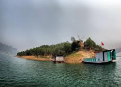 Thung Nai. Hoa Binh