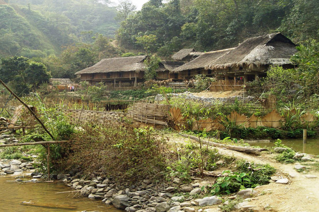 Kho Muong ethnic village