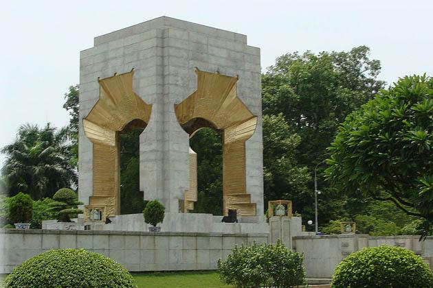 Bac Son Martyr Monument