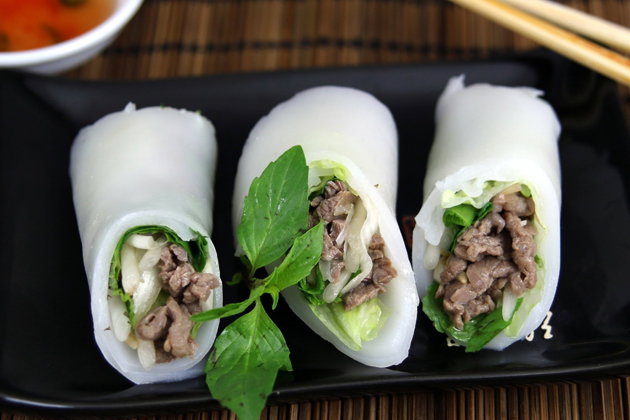 Rolled rice noodles - Pho cuon