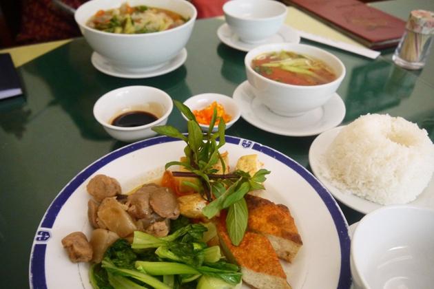Nang Tam Vegetarian Restaurant