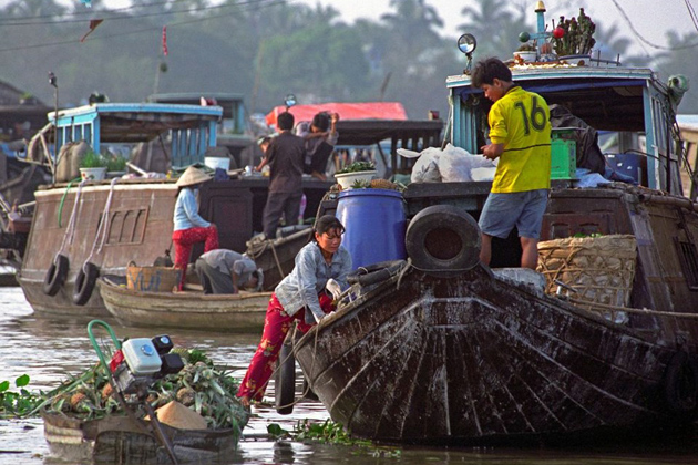 Daily life on Mekong River